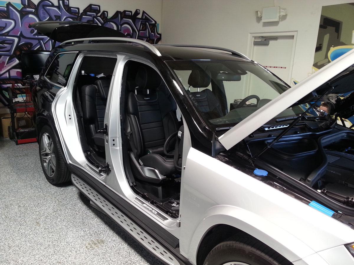 GL63 Car Wrap GL63 Doors Removed. Door Jambs Wrapped. & Wrap Door Jambs \u0026 IMG_0436 IMG_0435 Pezcame.Com